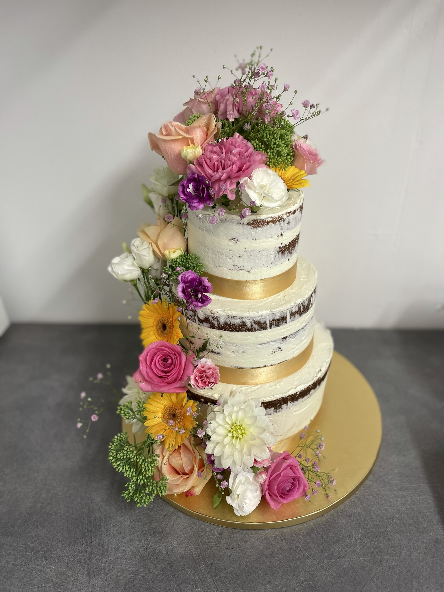 Wedding cake fleurs fraîches Jungle Thé Castres